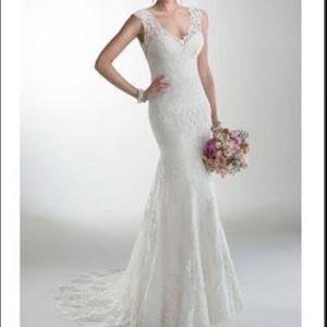 Maggie Sottero  wedding dress size 6